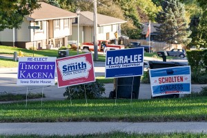 800px-Political_Lawn_Signs_in_Sioux_City,_Iowa_-_2018_Midterm_Election_(44792130662)