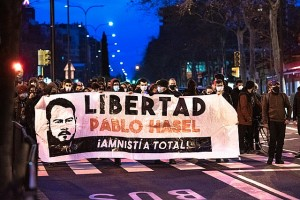 Protesters_calling_for_amnesty_for_the_Catalan_musician_Pablo_Hasel_in_Zaragoza_-_2_Christoph Pleininger