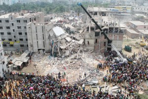 Overview,Of,Rana,Plaza,Collapsed,At,Least,Thousand,Of,Garment